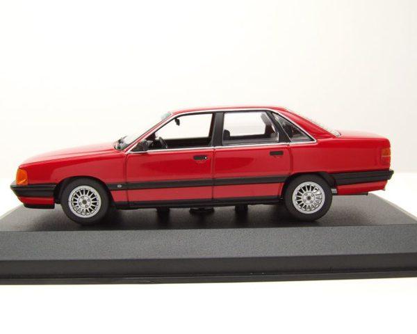 Audi 100 1990 Rood 1-43 Maxichamps