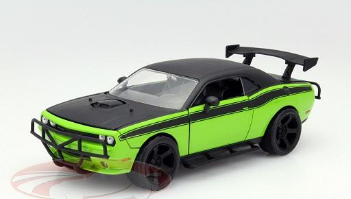 """Dodge Challenger SRT8 """"Fast & Furious"""" Letty's 2011 Groen / Zwart 1-24 Jada Toys"""