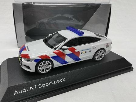 Audi A7 Sportback Nederlandse Politie ( New Striping ) omgebouwd 1-43 Iscale