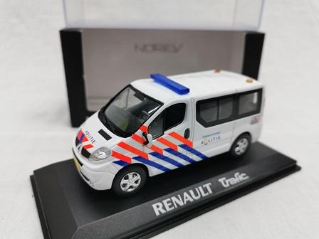Renault Trafic 2006 Nederlandse Politie ( Omgebouwd Oude Striping ) 1-43 Norev