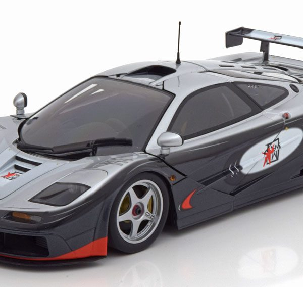 "McLaren F1 GTR ""Adrenaline Program"" Grijs 1/18 Minichamps Limited 304 Pieces"