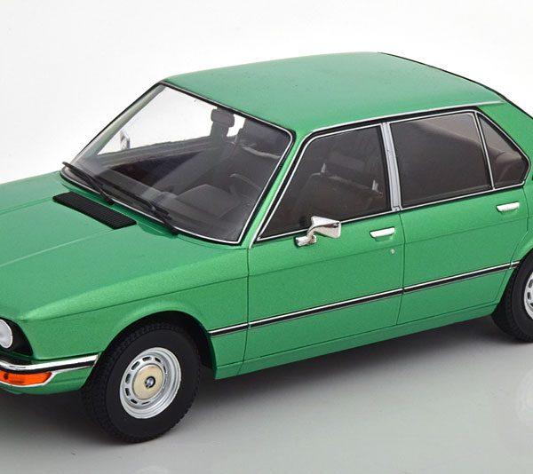 BMW 518 ( E12 ) 1974 Groen Metallic 1-18 MCG Models