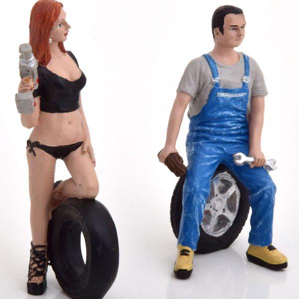 Tyre Brigade Set #2 Derek and Michele 1-18 ( Kunststof ) Motorhead Miniatures