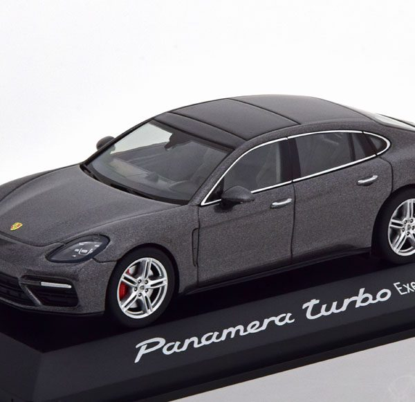 Porsche Panamera Turbo (G2) Executive 2016 Grijs Metallic 1-43 Herpa