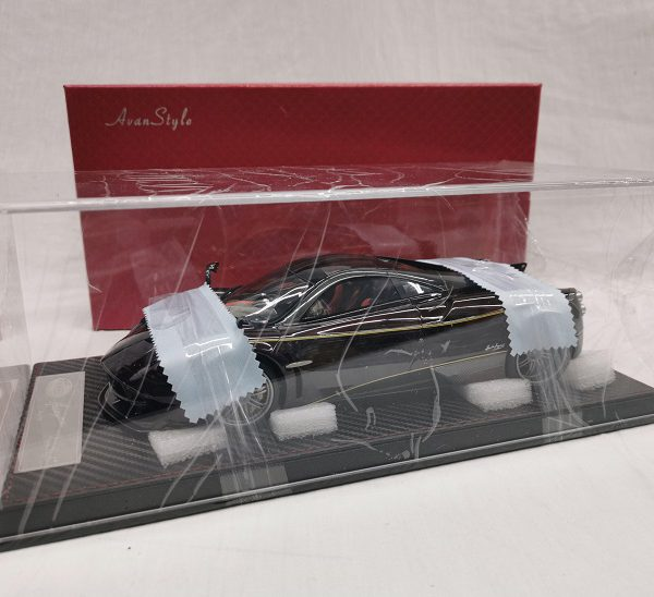 Pagani Huayra Coupe 2016 Carbon Purple Red 1-18 Frontiart Avanstyle Limited 26/398 Pieces