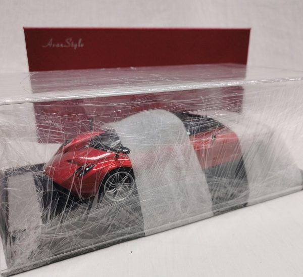 Pagani Huayra Coupe 2016 Red Metallic 1-18 Frontiart Avanstyle Limited 12/150 Pieces