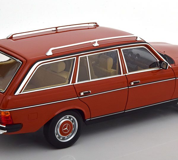 Mercedes-Benz 200 ( S123 ) T-Model 1982 Rood 1-18 Norev Limited 1000 Pieces