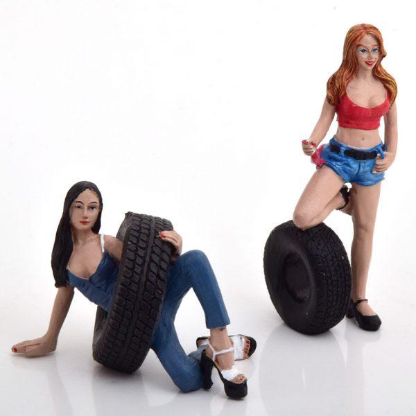 Tyre Brigade Set #6 Vel and Andie 1-18 ( Kunststof ) Motorhead Miniatures