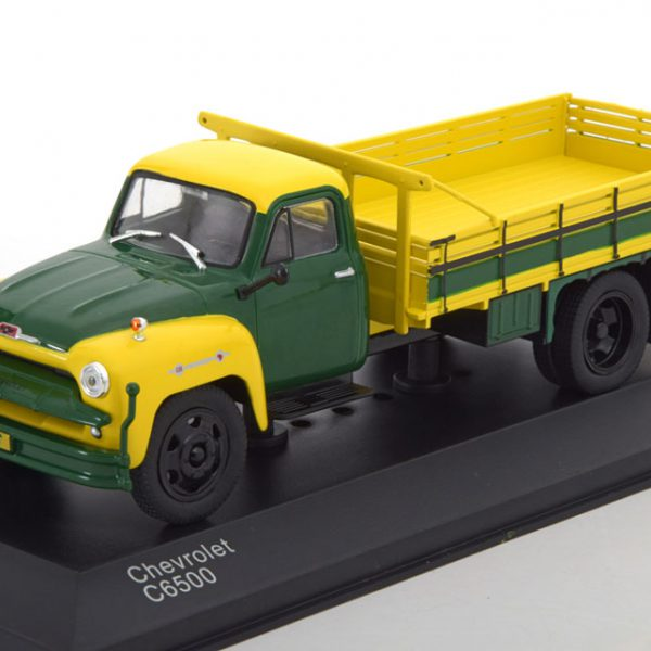Chevrolet C6500 1958 Groen/Geel 1-43 Whitebox Limited 1000 pcs.