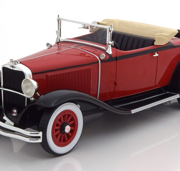 Dodge Eight DG Convertible 1931 Rood / Zwart 1-18 BOS Models Limited 504 Pieces ( Resin )