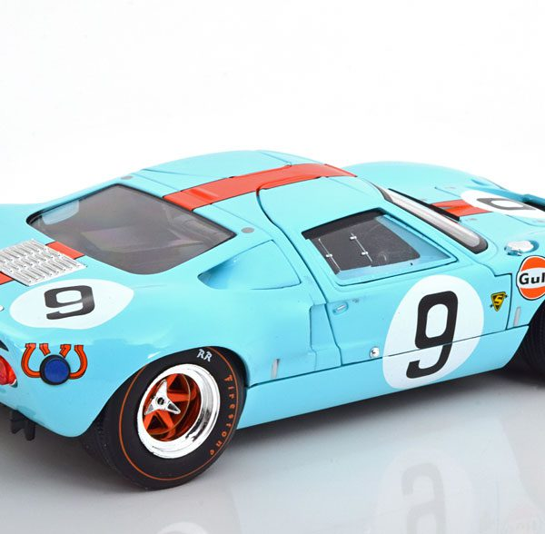 """Ford GT40 Winner 24Hrs Le Mans 1968 """"Gulf"""" Rodriguez/Bianchi 1-18 Solido"""