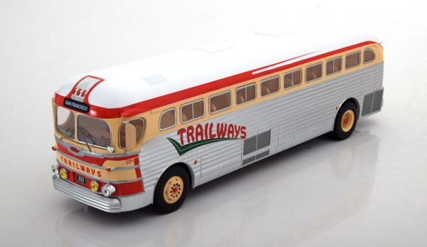 GMC PD-3751 Trailways 1949 1-43 Zilver/Rood Ixo Models