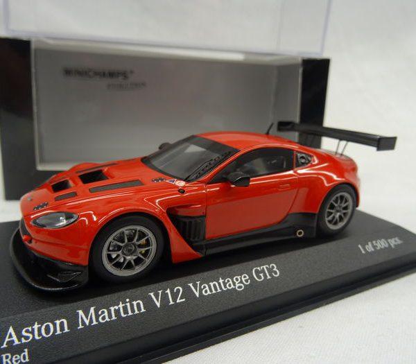 Aston Martin V12 Vantage GT3 2012 Rood 1-43 Minichamps Limited 500 pcs.