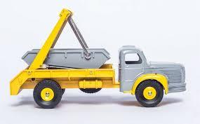Camion Berliet Multibenne Marrel 34C Grijs / Geel 1/43 Dinky Toys ( Atlas Serie )