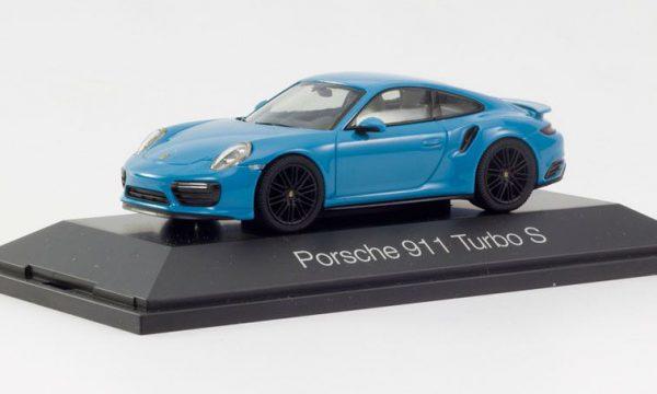 Porsche 911 Turbo S ( 991 ) Miamiblauw 1-43 Herpa
