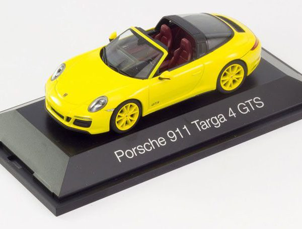 Porsche 911 Targa 4 GTS 2017 ( Type 991 ) Geel 1-43 Herpa