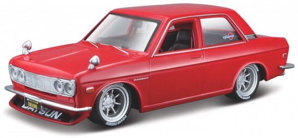 Datsun 510 1971 'KIT' Rood 1-24 Maisto