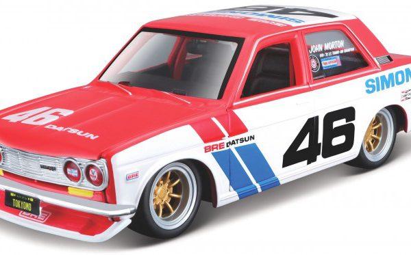 Datsun 510 BRE #46 Wit / Rood / Blauw 1-24 Maisto