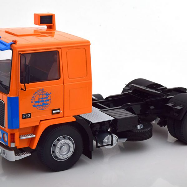 "Volvo F12 ""Deutrans"" 1977 Oranje / Blauw 1-18 Road Kings Limited 550 Pieces"