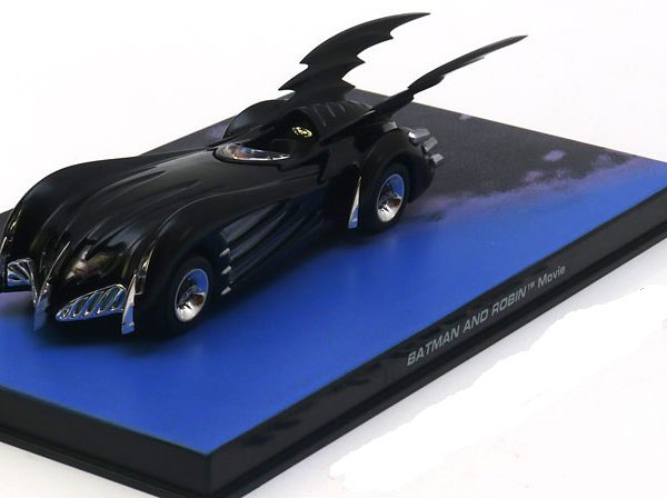 Batmobile: Batman and Robin 1-43 Zwart Altaya Batman Collection