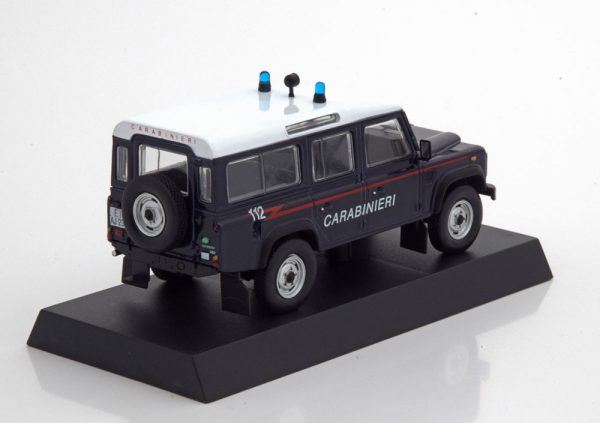 "Land Rover Defender 110 Carabinieri 1995 ""Military Police"" Blauw / Wit 1-43 Altaya"