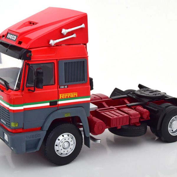 "Iveco Turbo Star ""Scuderia Ferrari"" 1988 Rood 1-18 Road Kings Limited 700 Pieces"