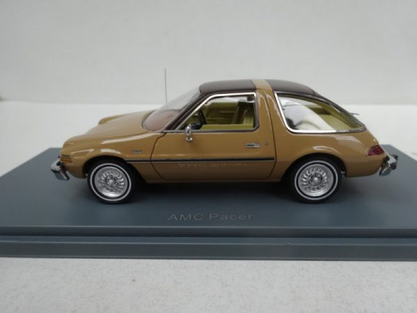 AMC Pacer 1975 Bruin metallic 1-43 Neo Scale Models