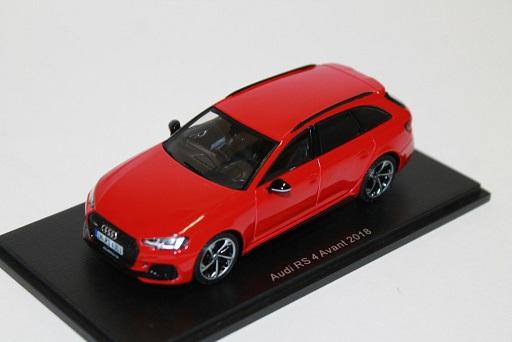 Audi RS4 Avant 2018 Rood 1-43 Spark