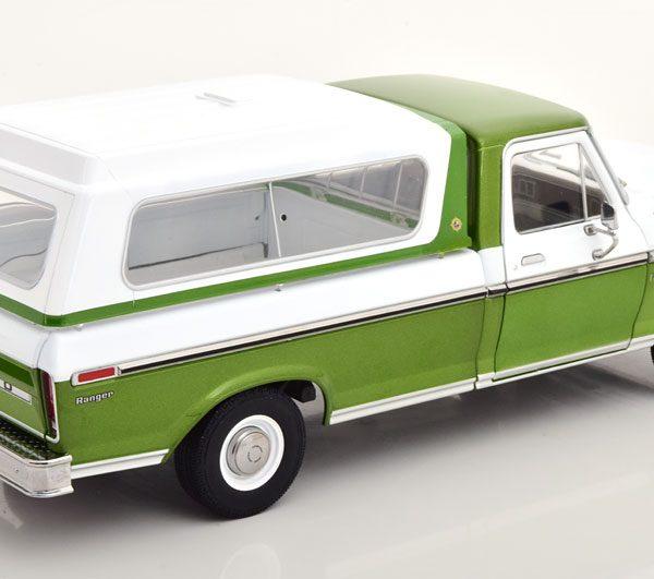 Ford F-100 Pick Up ( met Afneembare Hardtop ) 1976 Groen Metallic / Wit 1-18 Greenlight Collectibles