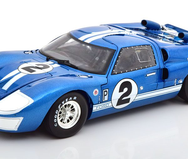 Ford GT40 MK II No.2, 12Hrs Sebring 1966 Grant/Gurney Blauw 1-18 Shelby Collectibles