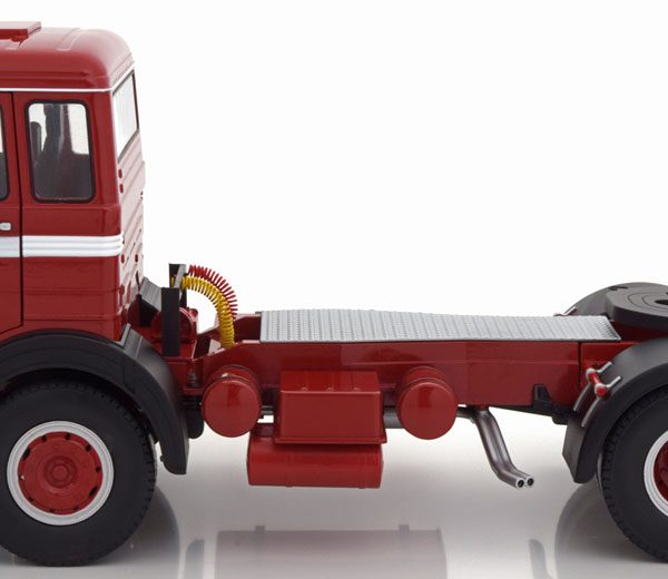Mercedes-Benz LPS 1632 1969 Rood / Zwart / Wit 1-18 Road Kings Limited 700 Pieces