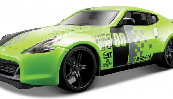 Nissan 370Z #88 Groen / Zwart 1-24 Maisto Design