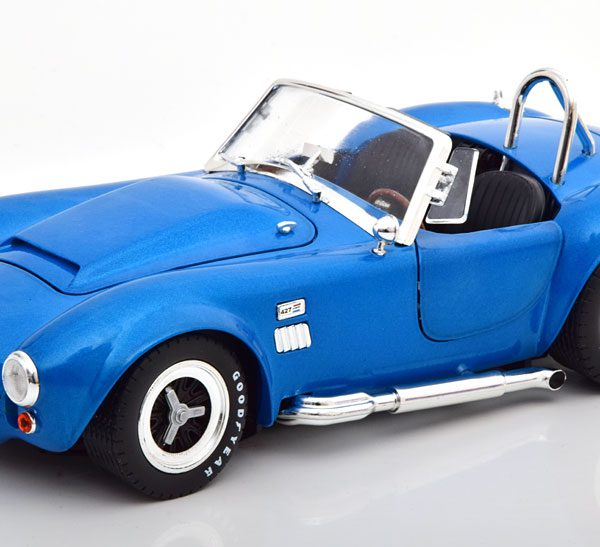 """Shelby Cobra 427 """"Super Snake"""" Blauw Metallic 1-18 Shelby Collectibles"""
