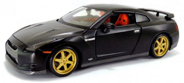 Nissan GT-R Zwart 1-24 Maisto