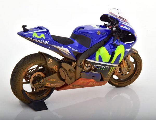 Yamaha YZR-M1 Moto GP Malaysia 2017 M.Vinales ( Dirty Version, Rain Tyres ) 1-12 Minichamps