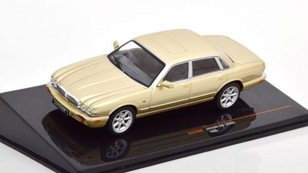 Jaguar XJ8 1998 ( X308 ) Goud Metallic 1-43 Ixo Models