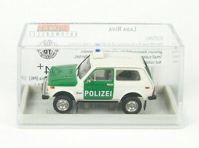 Lada Niva Polizei 1-87 Brekina