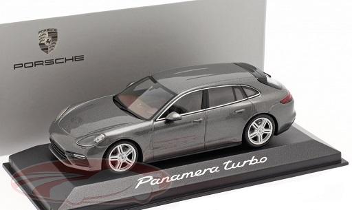 Porsche Panamera Turbo 2017 Grijs Metallic 1-43 Minichamps ( Dealer )