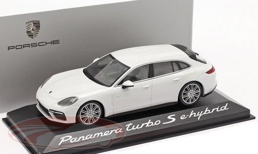 Porsche Panamera Turbo S E-Hybrid 2016 Wit 1:43 Minichamps