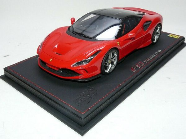 Ferrari F8 Tribute Rosso Corsa / New Black Daytona Roof 1-18 BBR Models Limited 48 Pieces