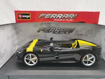 Ferrari Monza SP1 Zwart / Geel 1-18 Burago Race & Play Serie