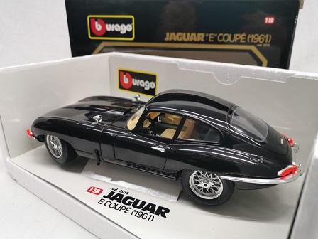 Jaguar E-Type Coupe 1961 Zwart 1-18 Burago