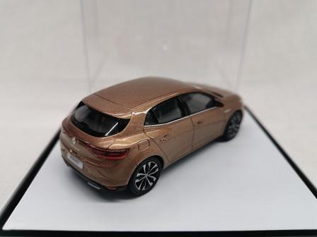 Renault Megane 2020 Bruin Metallic 1-43 Norev