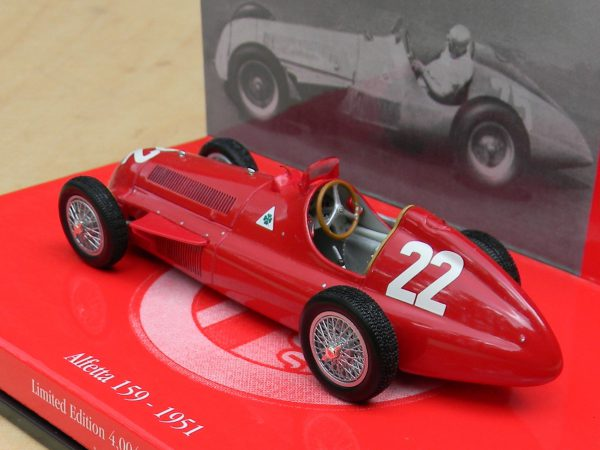 Alfa Romeo Alfetta 159 #22 GP Spain 1951 Winner J.M.Fangio1-43 Rood Minichamps