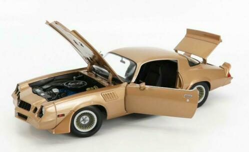 "Chevrolet Camaro Z/28 1979 ""Terminator 2/Judgement Day"" Goud 1-18 Greenlight Collectibles"