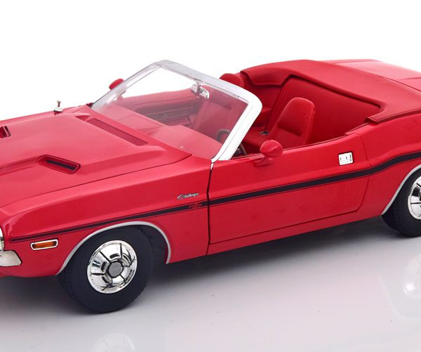 """Dodge Challenger R/T 1970 """"The Mod Squad"""" Rood 1-18 Greenlight Collectibles"""