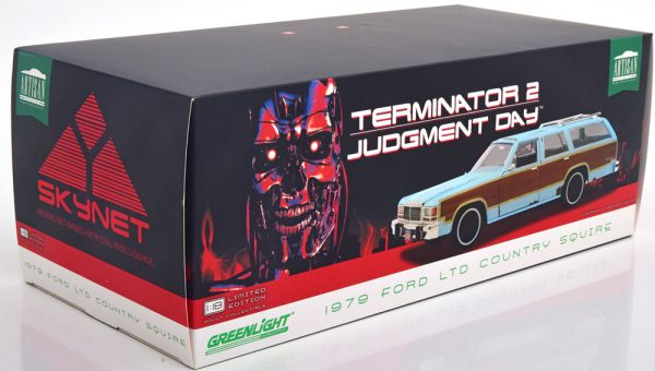 "Ford LTD Country Squire 1991 ""Terminator 2 Judgment Day"" Dirty Look 1-18 Greenlight Collectibles"
