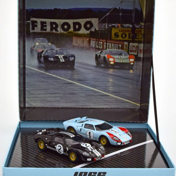 Ford GT40 MKII Set Winner and 2nd Place 24Hrs Le Mans 1966 McLaren/Amon - Miles/Hulme 1-43 CMR Models ( Giftbox )