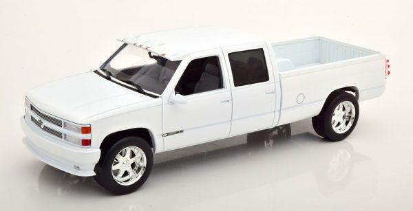 Chevrolet 3500 Silverado 1997 Wit Metallic 1-18 Greenlight Collectibles