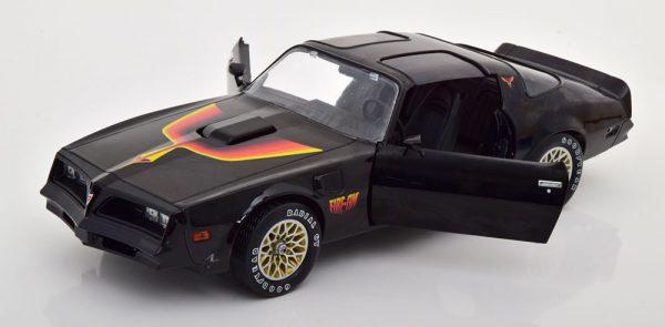 Pontiac Firebird T/A Fire Am 1977 by Very Special Equipment VSE Zwart 1-18 Greenlight Collectibles